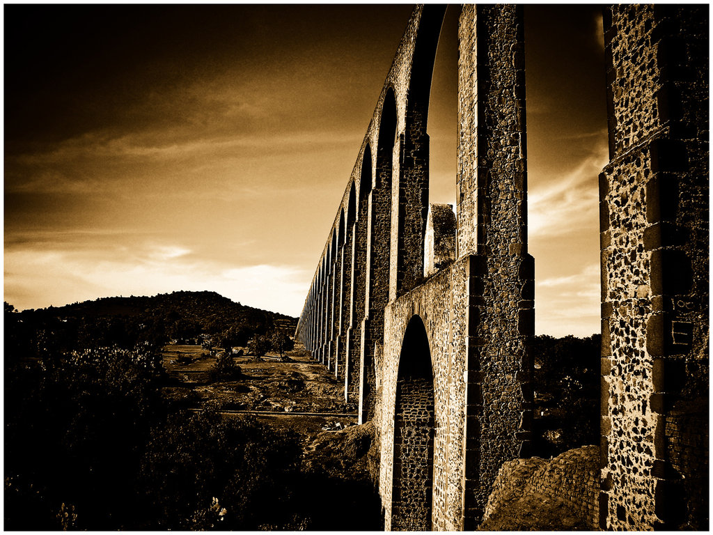 450_queduct_sepia_by_Bodhisattva_Psyche